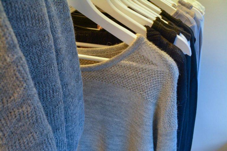 Na jakich wieszakach wiszą wasze ubrania?