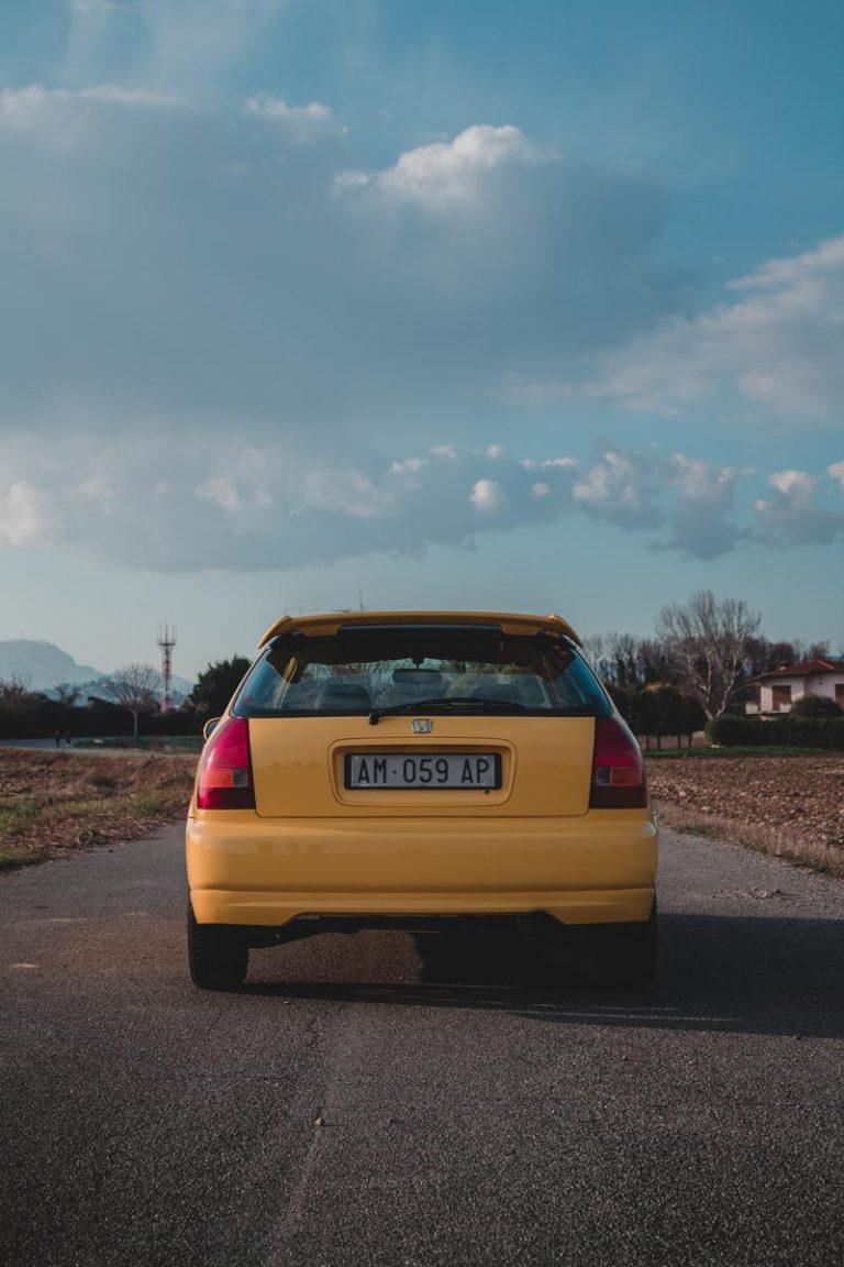 <Zrealizowana w bezbłędny sposób zmiana koloru auta